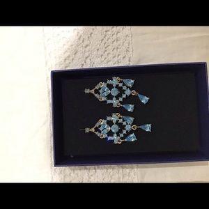 Jewelry - Blue crystal earrings